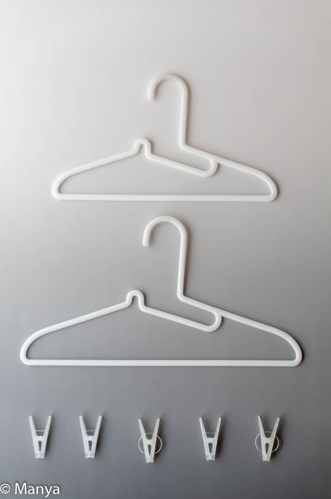 無印良品のランドリー用品 ポリプロピレン洗濯用ハンガー・シャツ用 ポリカーボネートピンチ