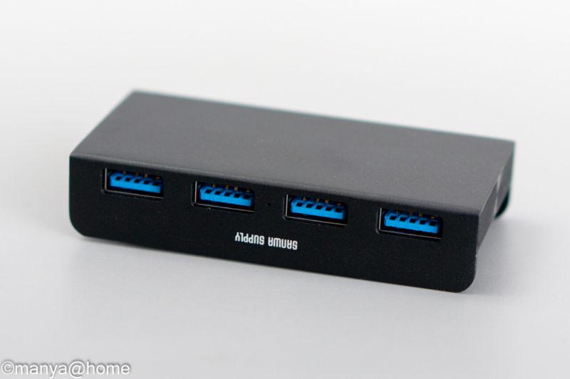 サンワサプライ「クランプ式USBハブ クランプ式 USB3.1 Gen1 4ポート」USBハブ本体背面