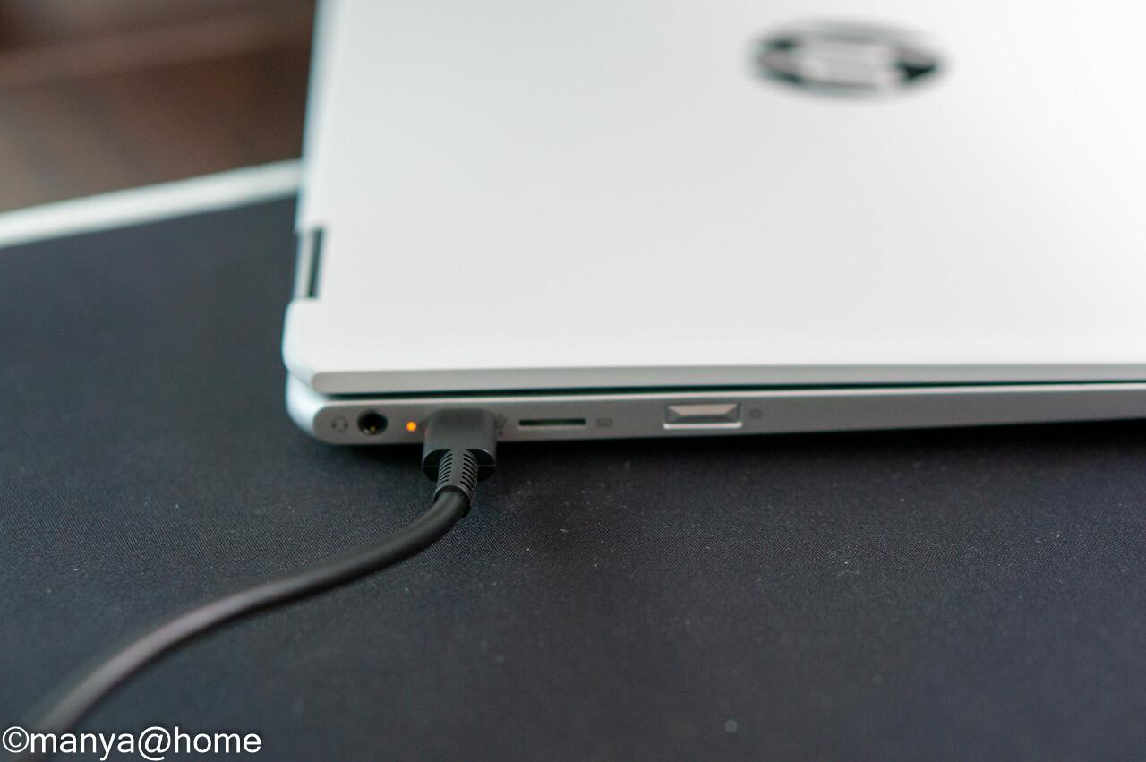 HP Chromebook x360 12b 左側パイロットランプ